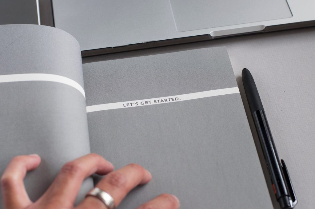 Let´s get Started Schriftzug als Sinnbild für f-commerce